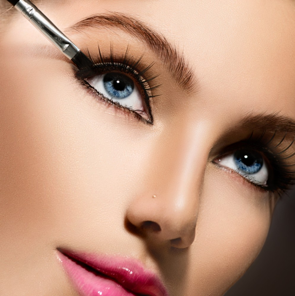 Russian Volume Lashes Becca Gray Professional Make Up Artist
